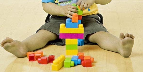 """""""Psikolojik olarak sağlıklı çocuklar yetiştirmek, bozulmuş yetişkinleri düzeltmekten kolaydır."""" - Fyodor Dostoyevsky http://t.co/UMzGi0Uch0"""