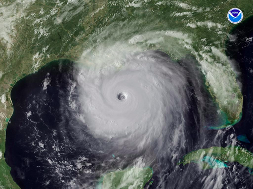 #TBT: #Katrina as a Category 5 Hurricane in the Gulf of Mexico, 9 years ago today (August 28, 2005). http://t.co/MOcFTYVqdF