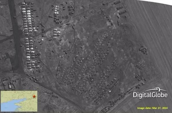 Российские военнослужащие и террористы готовятся к приезду представителей ОБСЕ в Новоазовск - прячут свою новую технику, - СНБО - Цензор.НЕТ 270