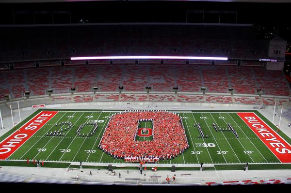 The Block O class photo is now up on our Facebook page and is ready for tagging. http://t.co/QCZYC41pvP #New2OSU http://t.co/etD3Jzw8XG