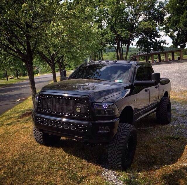 """Blacked Out Ram >> Lifted Trucks on Twitter: """"Retweet if you want this Blacked Out Cummins #dodge http://t.co ..."""