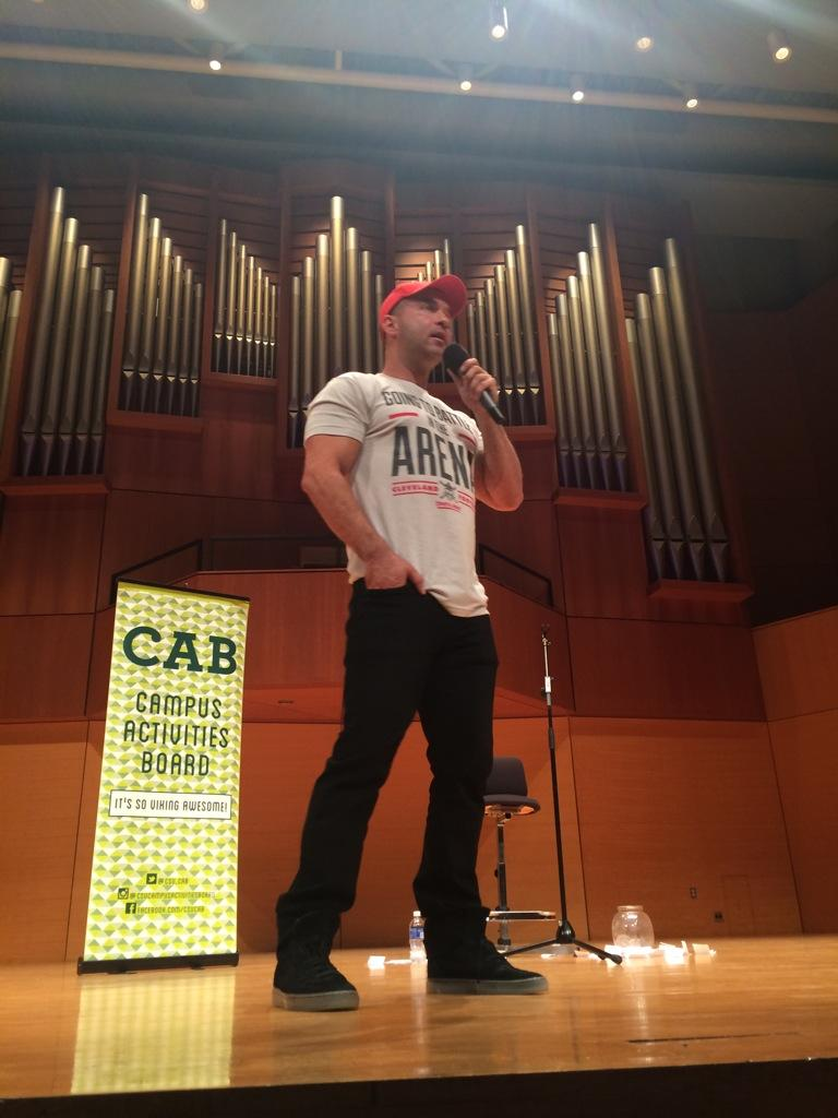 RT @heatherhollaa: very touching story & a cool dude! thanks @ItsTheSituation @Csu_CAB http://t.co/c91DPS9j0p