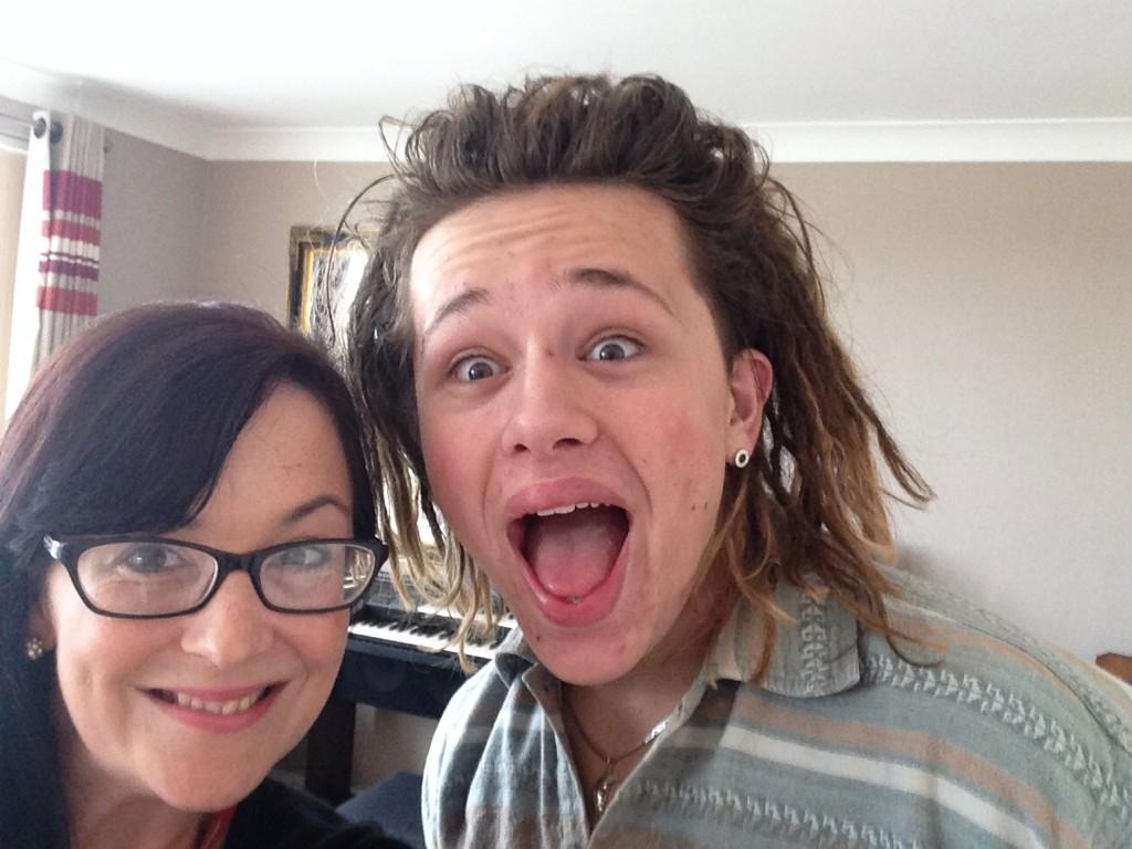 RT @HEdellis: Lovely catch up and chat with @LukeFriendMusic today. Find out his latest news @TQHeraldExpress very soon! #friendies http://…