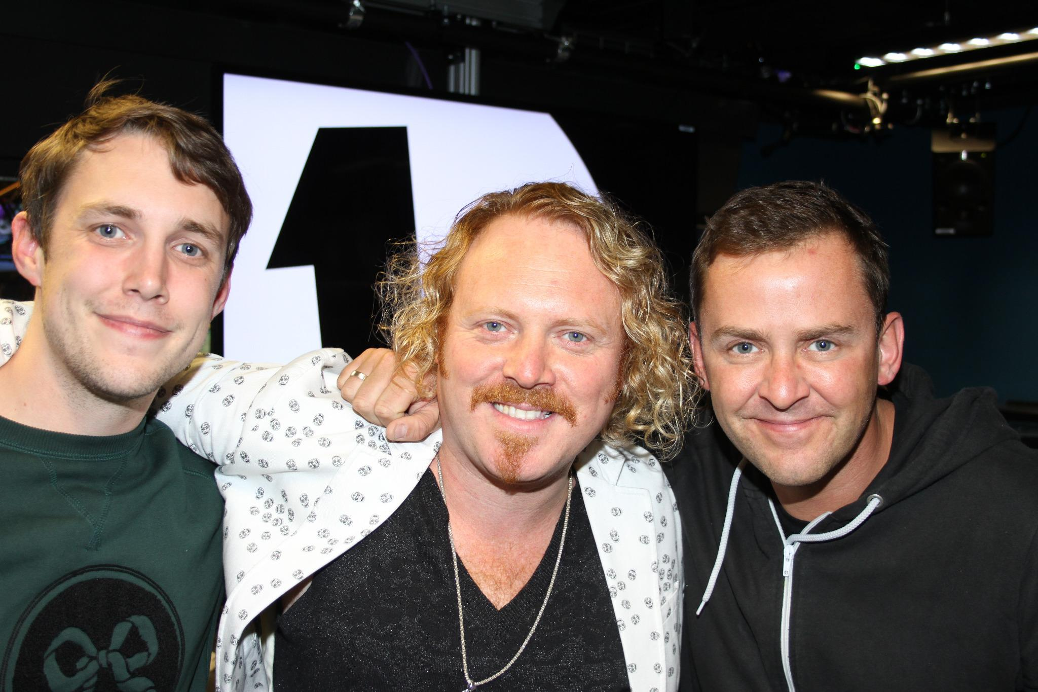 RT @BBCR1: Brace yourself - more from @lemontwittor next... http://t.co/xaOCliCE68