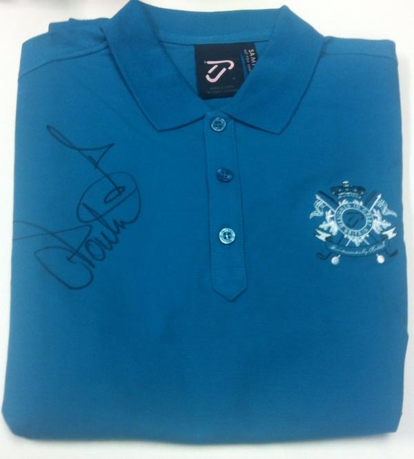 #freebiefriday RT and Follow us to win this shirt signed by @Ianjamespoulter http://t.co/xYuxD2ADTZ