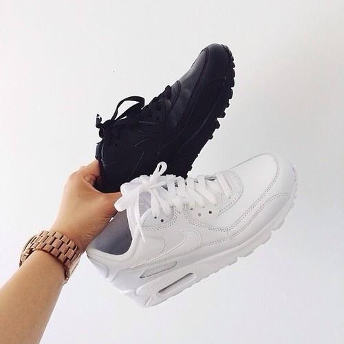 air max blancas y negras