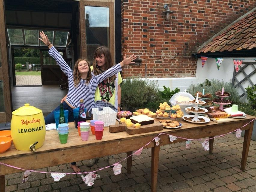 Pop up cafe going... fine. We have made £1 so far. If you are in Walberswick, come and eat some cake FFS. http://t.co/hQL2zoV4b7