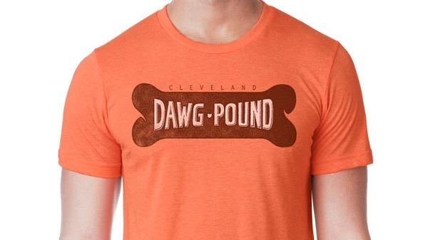 It's #FreeFriday! Retweet for a chance to win this Dawg Pound Biscuit t-shirt. http://t.co/LopiCA3NnI http://t.co/uvuxEbfbM3