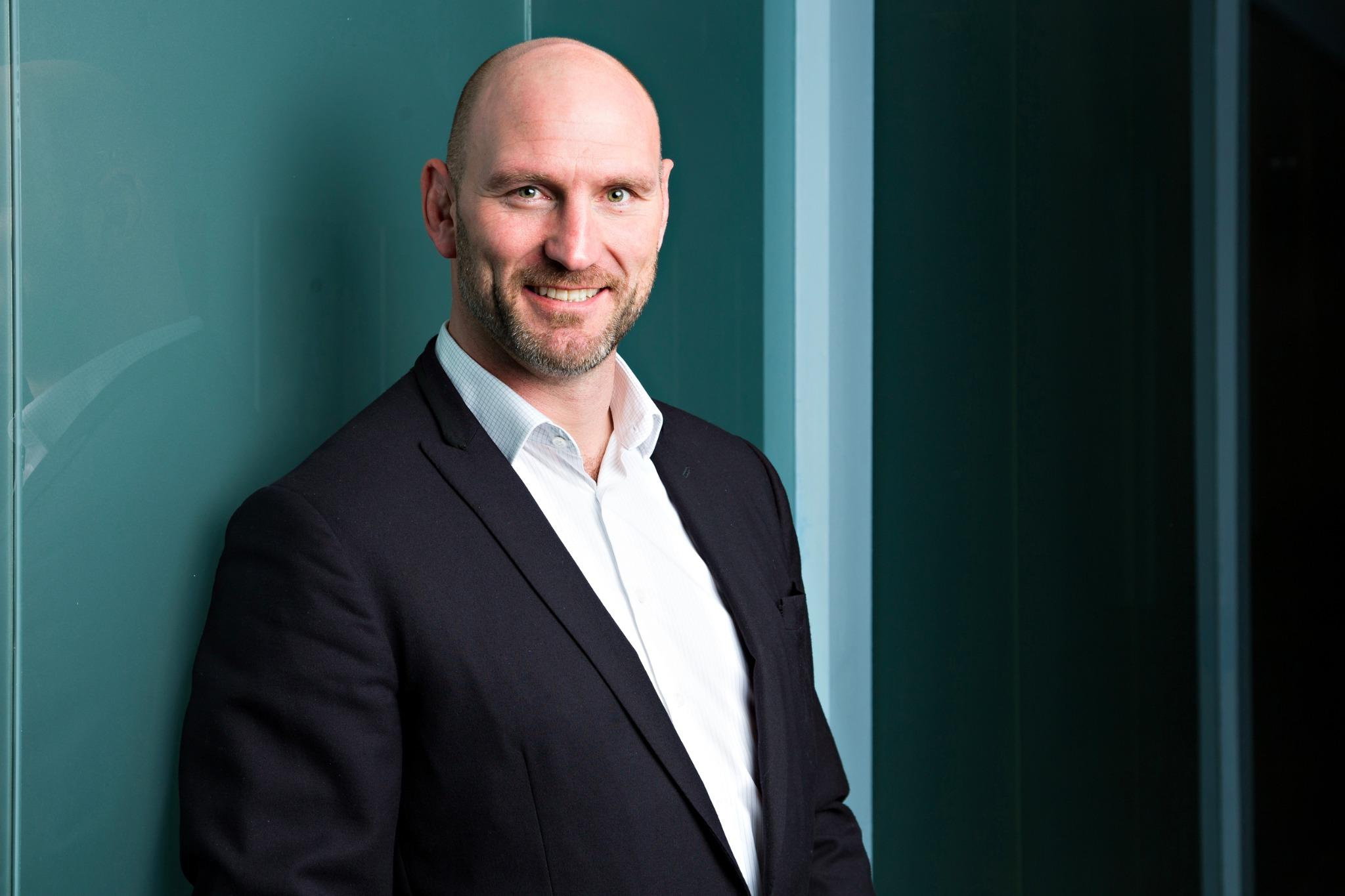 Friday afternoon read: @MarketingUK interview with @dallaglio8 http://t.co/vMYkyKNwhR http://t.co/7betQkJPC4