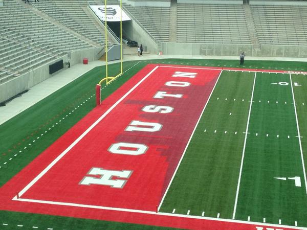 Houston's new stadium has the city skyline designed into the end zone. I strongly approve: http://t.co/k8N3BeSfaa