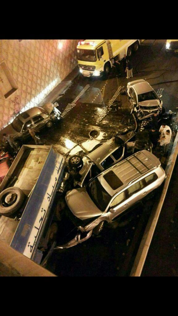 حقيقة خبير انهيار جسر بطريق الأمير ماجد , صور خسائر وعدد قتلى انهيار جسر بطريق السبعين