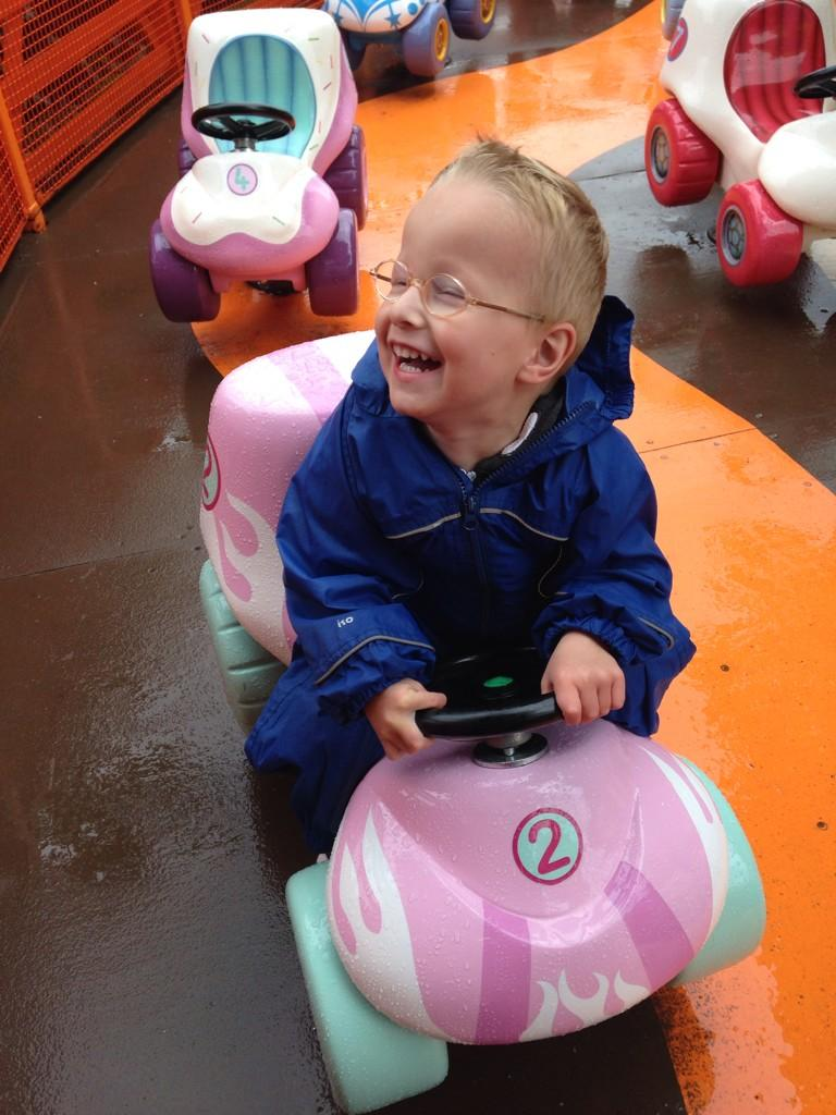 RT @operationollie1: @lemontwittor there's a life changing operation to get Ollie walking, please help by RT http://t.co/t35x2Uv0ph TY http…