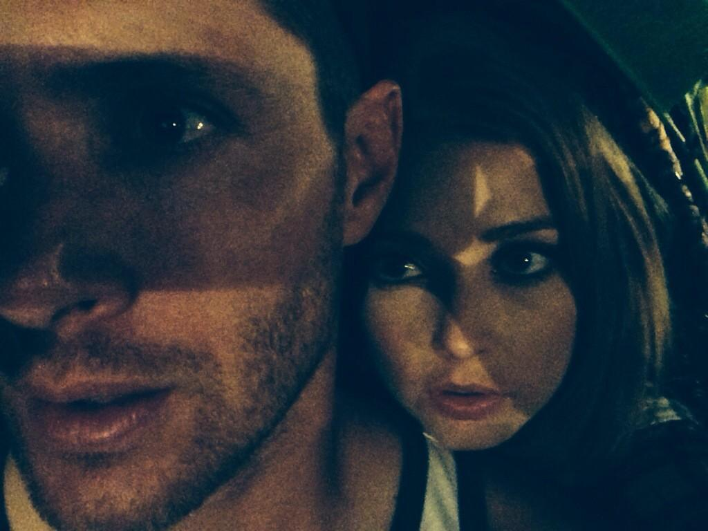 Le Twitter/FB/Insta de Jensen et Danneel BwWqB9GIYAATD45