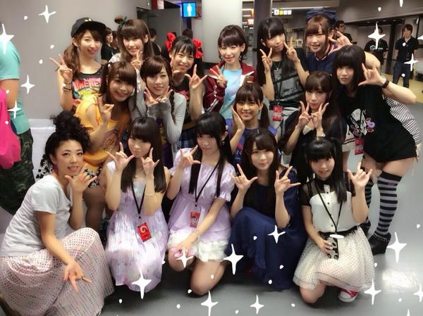 μ'sさん&いとうかなこさんと♡♡ すごく賑やか!! #anisama http://t.co/3SylTjnfee
