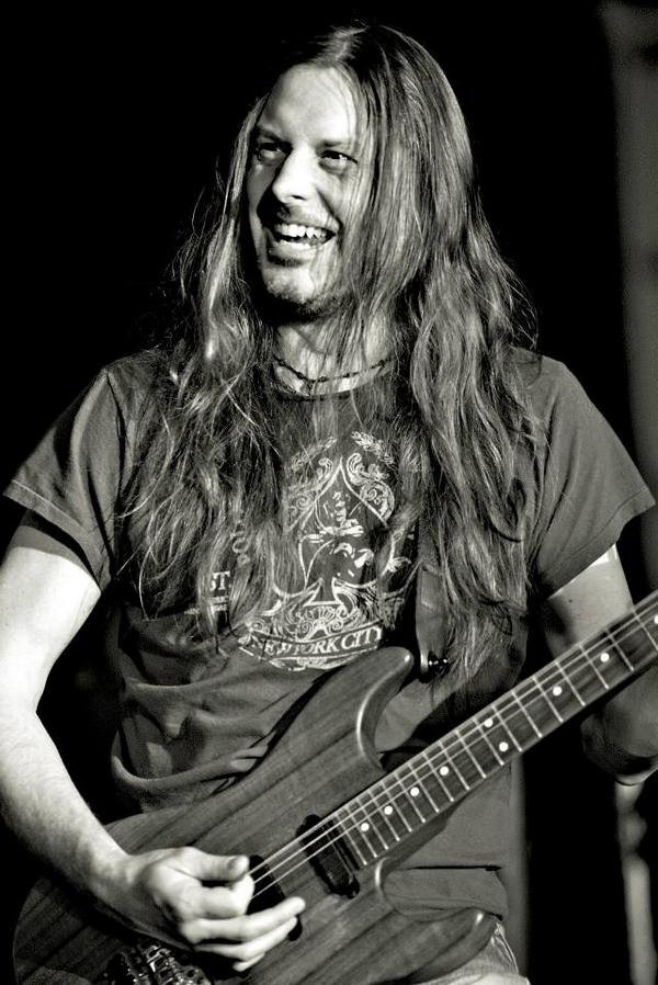 Join us in wishing @RealRebBeach a HAPPY BIRTHDAY today!  http://t.co/N8Dw3Sns8Q http://t.co/6AHOte7xzY
