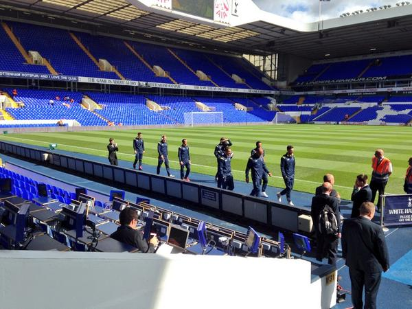 Tottenham players reporting for duty. Waiting for arrival of Liverpool and Super Mario #bbcfootball http://t.co/Vej0049pAU