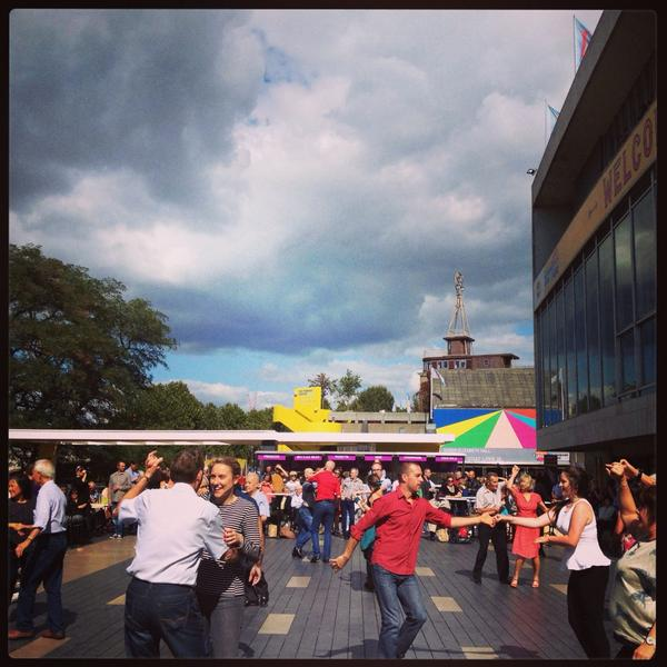 Fabulous sunny afternoon watching the dancing! @southbankcentre #BigWeddingWeekend http://t.co/HAtZB2sNee