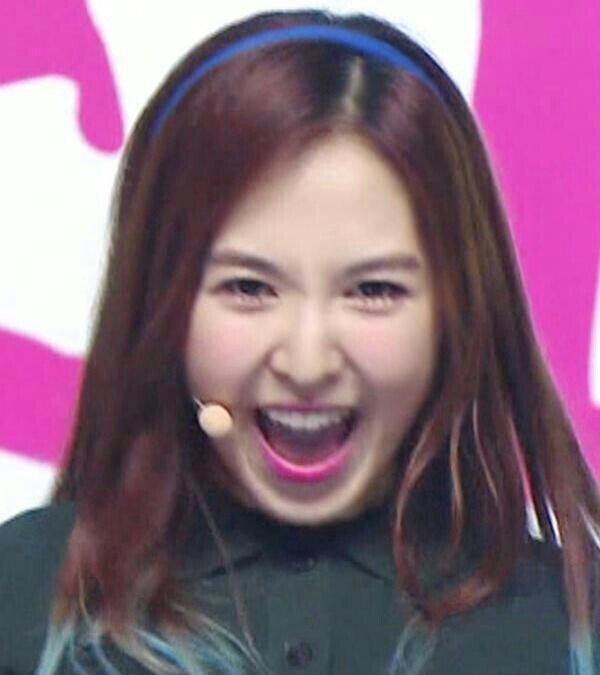 Mixnine The Unit On Twitter Wendy Derp Again Again And Again Wendy The Funniest Member Most Derp Lol Monthwithredvelvet T Co Qduelahm