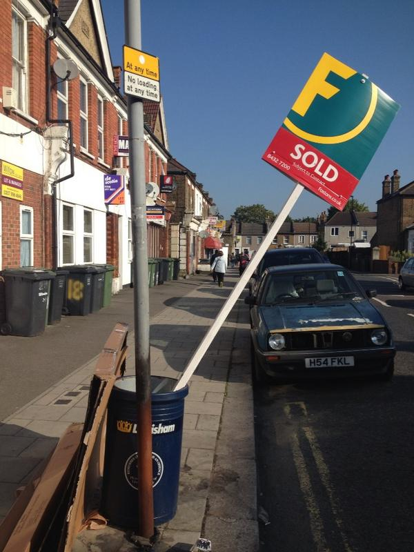 Deceptively spacious dustbin with cardboard extension just sold in Catford! Foxtons comes to Lewisham http://t.co/yUMvSQPWpR