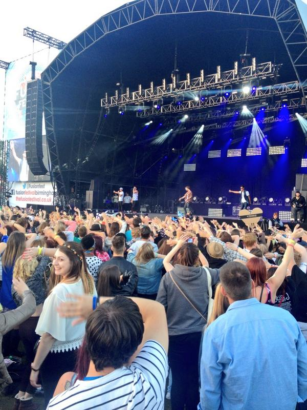 So good to have @thewanted perform at @fusionfest. Big thanx to @TomTheWanted @MaxGeorge @JayTheWanted @SivaTheWanted http://t.co/zcsoXIU02m