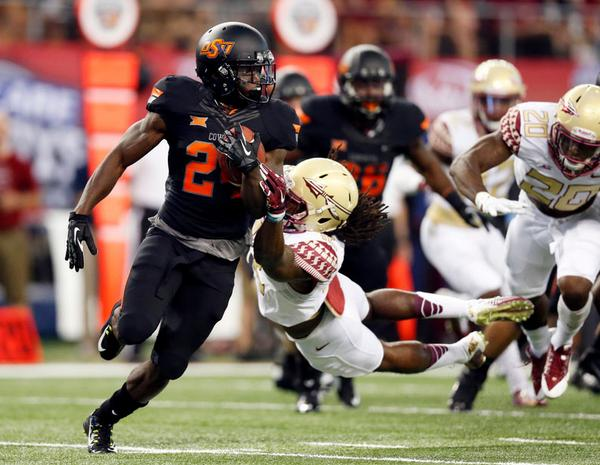 Tyreek Hill's 278 all-purpose yards were 3rd-most in the country in week 1. And he did it against FSU! #okstate http://t.co/f4uVjh8jYd