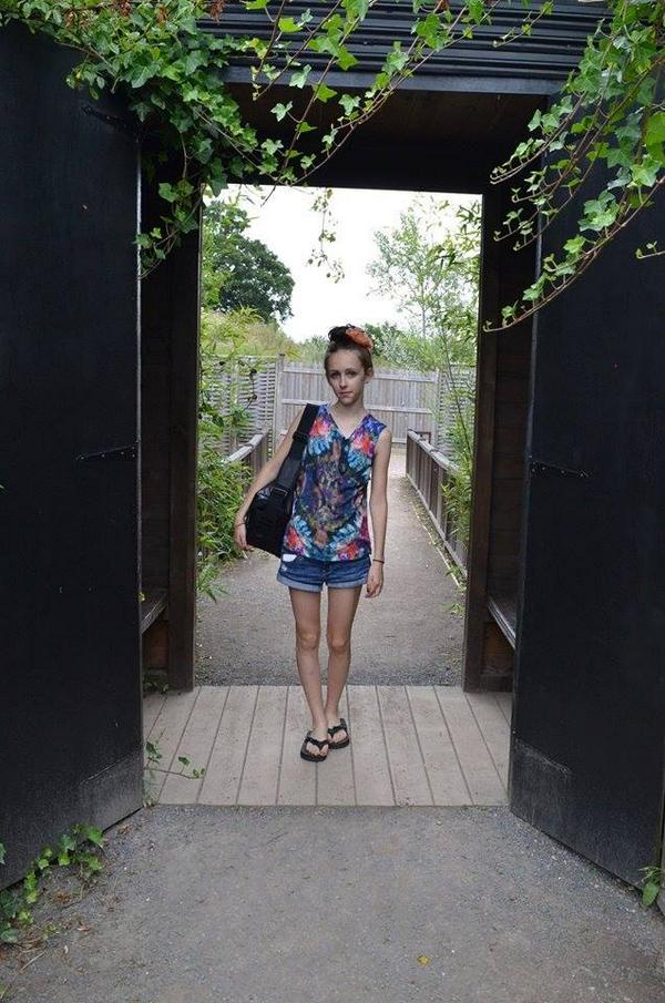 Gallery: Have you seen this girl? Family make desperate appeal to find 14-year-old Alice Gross http://t.co/wq6y0TSSZX http://t.co/8MCO7sutHG