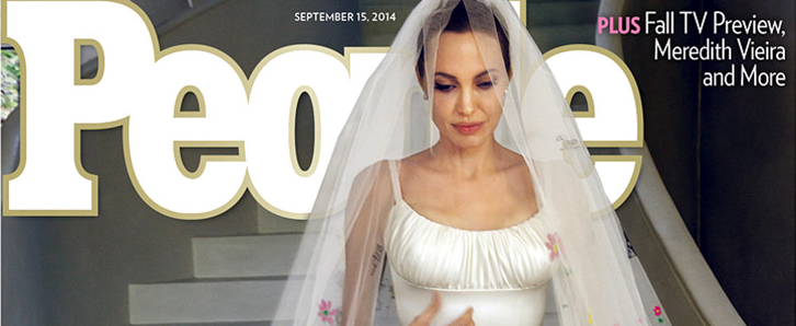 Angelina in her wedding dress THIS IS NOT A DRILL http://t.co/hnrr9gBsCR http://t.co/cCIixmYqtj