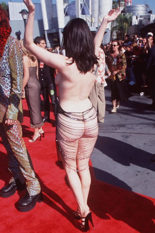 In honor of a year of naked red carpets: http://t.co/2fQrgcYVND http://t.co/dBLkczXBxt