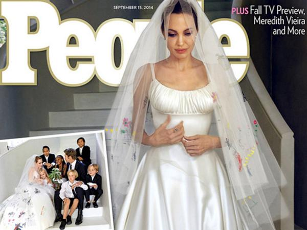 Сватбената рокля на Анджелина Джоли е на кориците на американските списания: http://t.co/e3Sl5qmXuf http://t.co/g2PUqV6NS9