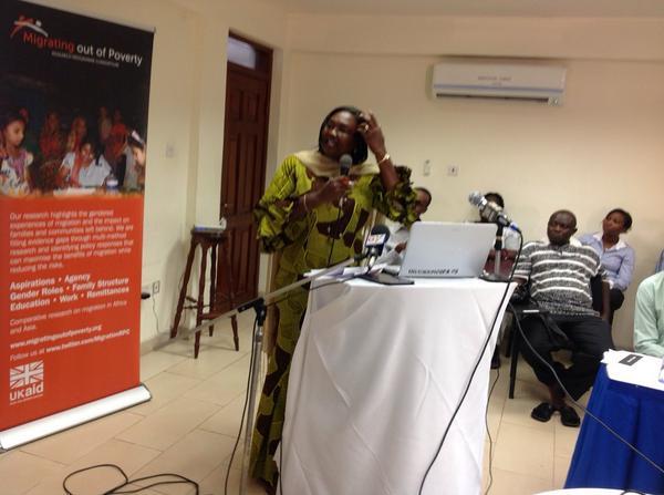 Prof Mariama Awumbila @cms_ug presents @MigrationRPC Ghana programme to #cmswanjom http://t.co/SDgCuP3INO