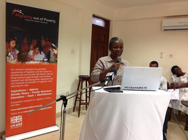 Delali Badasu @cms_ug sees media as bridge between policy makers and researchers. http://t.co/qHtSSK0hdp