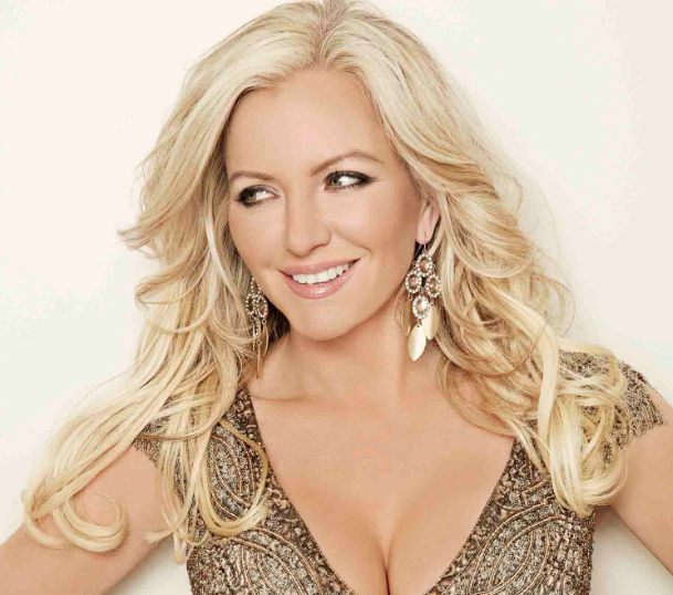 RT @CloserOnline: We have the v/ successful @MichelleMone ready to answer your q's NOW! Tweet us with #askMichelle #UltimoRealWomen http://…