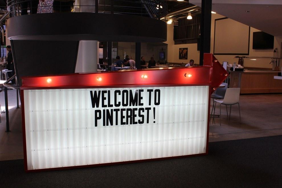 RT @BuzzFeed: 43 Ways @Pinterest 's Office Is The DIY Paradise You'd Expect http://t.co/0YEAfhJTFu http://t.co/9uXNCisQXm