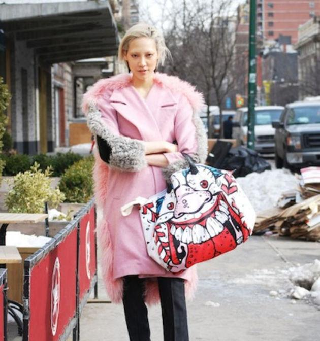 7 things street style stars are sure to be wearing during Fashion Month: http://t.co/kX7QNAgeWq http://t.co/I7z7Z84xKm
