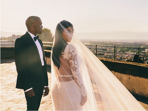 RT @GlobalGrind: Everything you need to know about KimYe's perfect wedding http://t.co/kUDvevhOwu http://t.co/SKH9CX5fsc