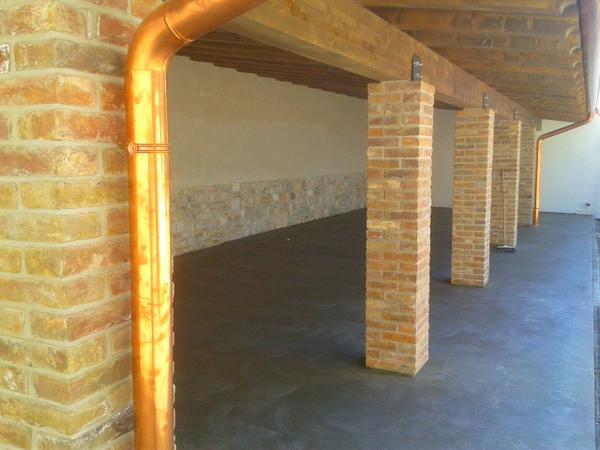 Pilastri in mattoni a facciavista ispirazione design casa - Rivestimento pilastri esterni ...