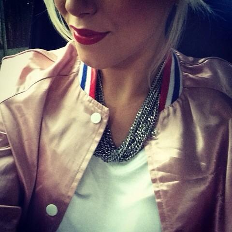 Who recognises my jacket? 😜 Last chance to win it here:  http://t.co/ObEX2FmyEI #AmeliaLilyCalifornia http://t.co/3t8B7YKCu8