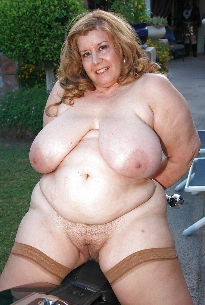 Зрелые женщины толстые и голые переводом анальный