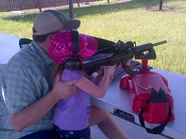 Small children firing guns is far more common than you may think. Our day at the gun range on #ac360 #cnn 8-10p http://t.co/aqBJDNjzoB