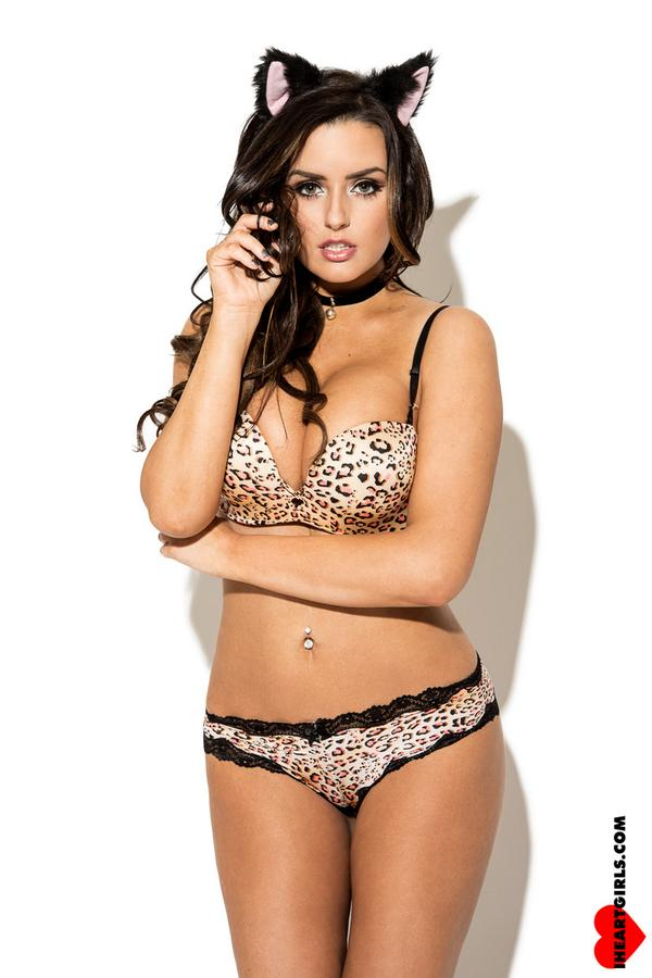 Abigail Ratchford Wallpaper Iphone Labzada Wallpaper