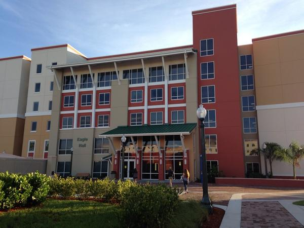 """Urban condo or college dorm? Eagle Hall, @fgcu's newest residence hall, has little resemblance to a """"dorm."""" #FGCU18 http://t.co/lbZA8lBcqn"""