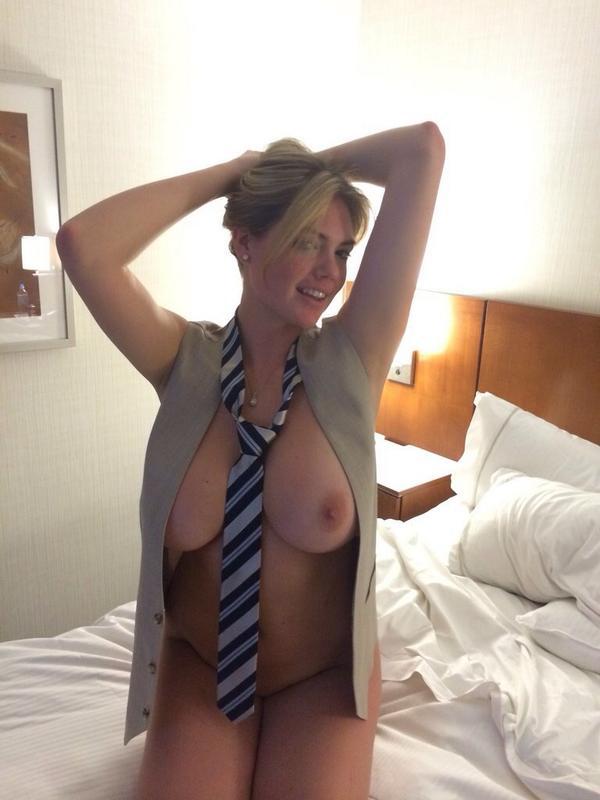 smart naked sexy women