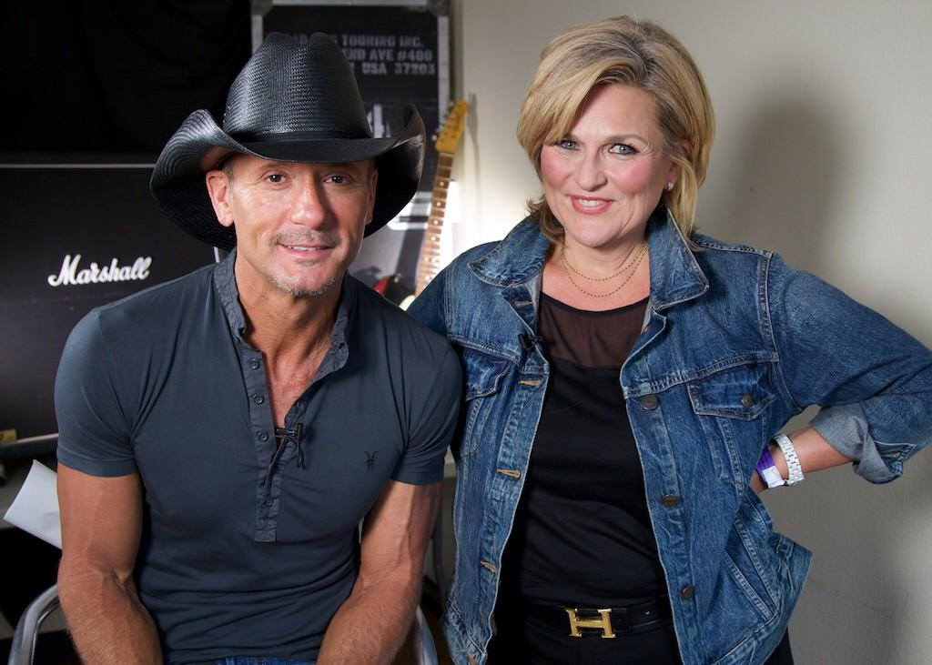 Proud of our exclusive tonight @NBCNightlyNews with @TheTimMcGraw making a real difference with @Op_Homefront http://t.co/TlCkWAtcoJ