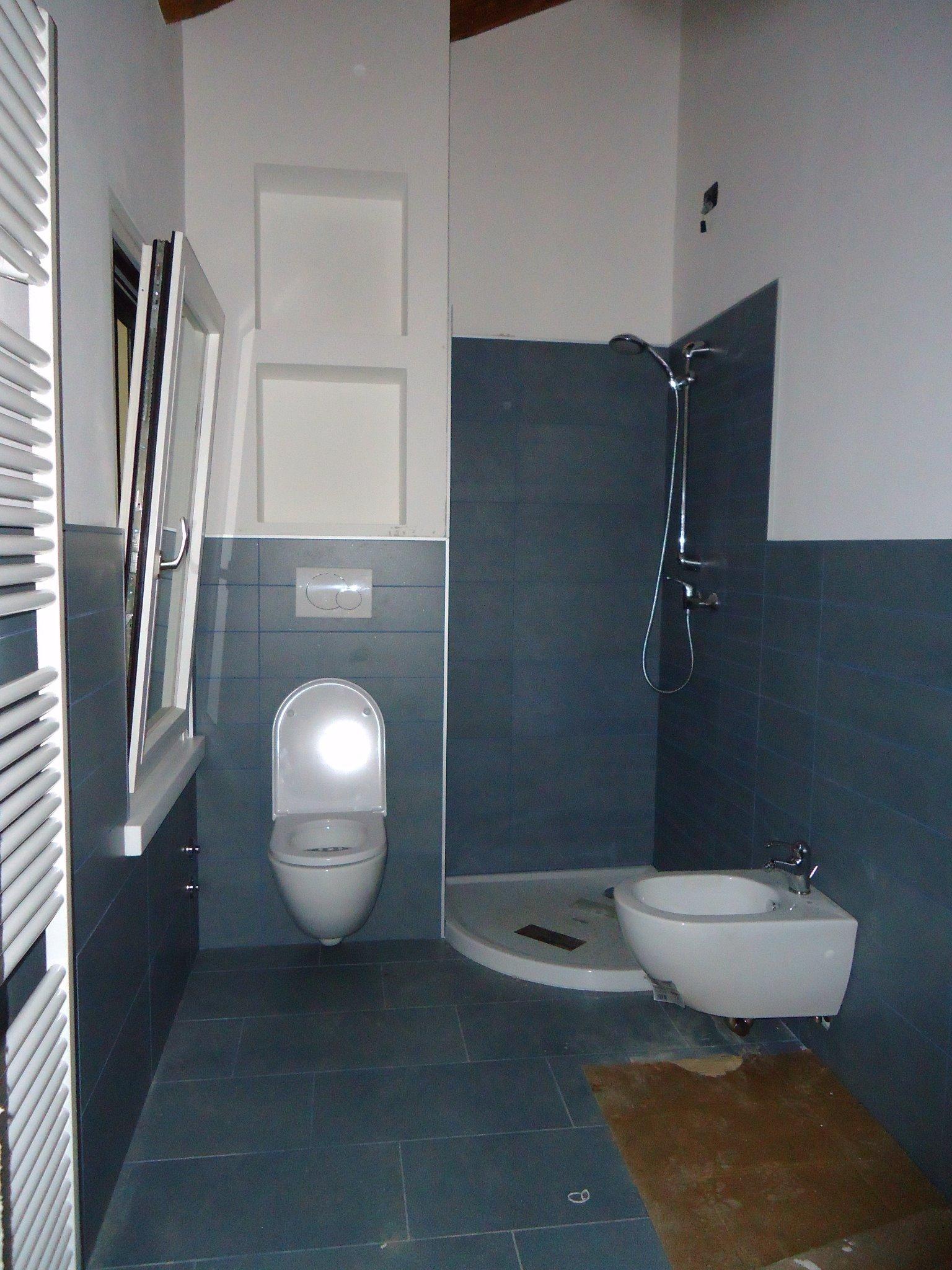 Menon impresa edile on twitter esempio di realizzazione di posa piastrelle bagno aquileia - Disposizione piastrelle bagno ...