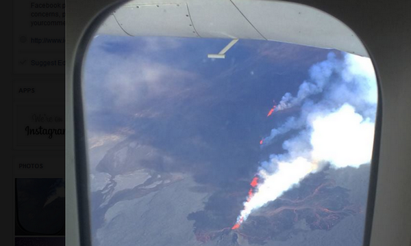 """One @Icelandair flight """"delayed"""" due to #Holuhraun #eruption - pilot added a sightseeing tour - nobody complained :-) http://t.co/8QSAb2k8PE"""