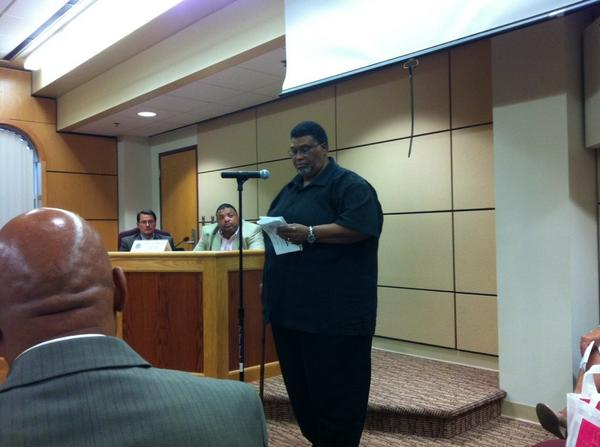 "Pastor Reggie Brooks, from Victory Christian Center & Human Relations Commission, says ""racism is alive & well."" http://t.co/kaHQzxVTtB"