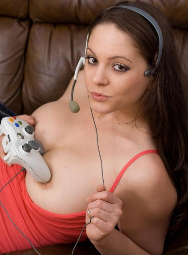 Playing xbox naked girl Sexy