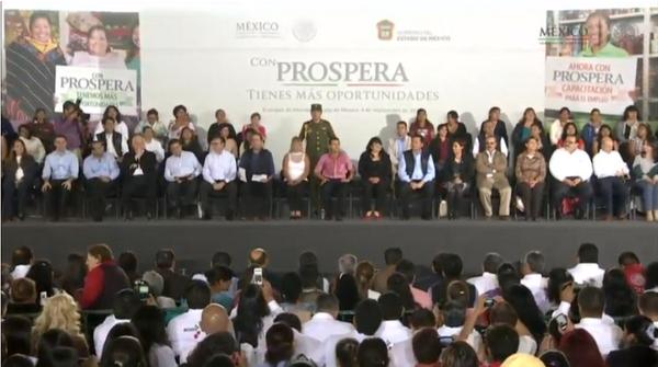#EnVivo: Presentación del Programa PROSPERA @Prospera_Mx http://t.co/2qNwo39ubB http://t.co/f186htU8Cd