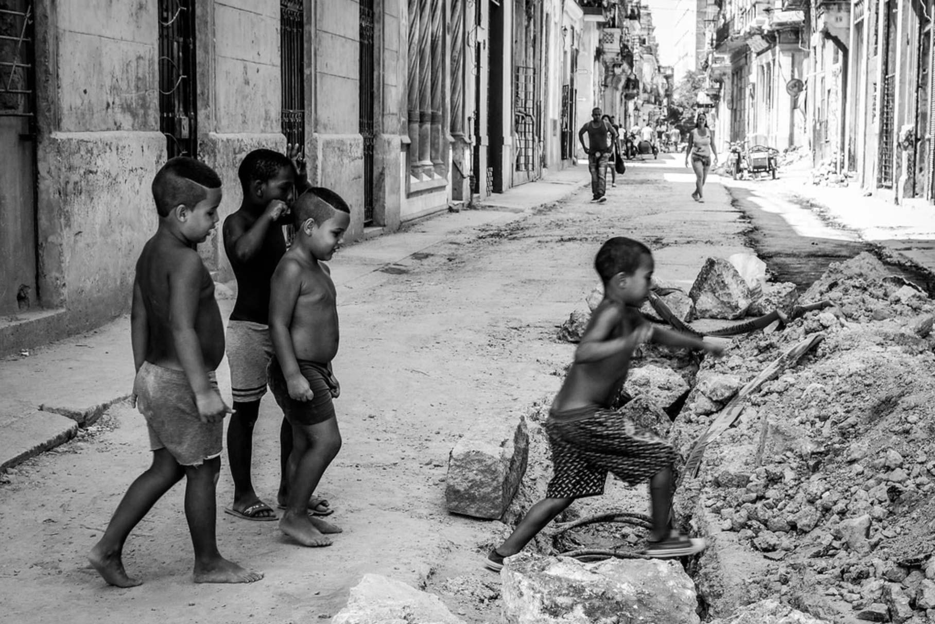 La Cuba 'cruda' de Yusnaby BwtmqKAIcAA0GoT