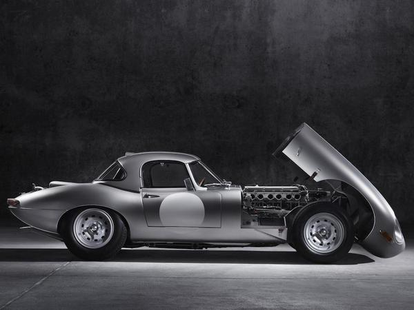 Jaguar is making 6 E-Types it meant to build in 1963, using all original production methods. http://t.co/LLCilOsOFL http://t.co/l53fOy6VA2